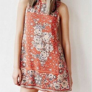 Urban Outfitters Ecote Guinevere Shift Dress